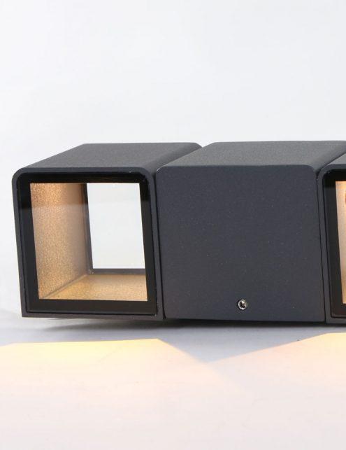 Applique-exterieure-design-moderne-noire-3