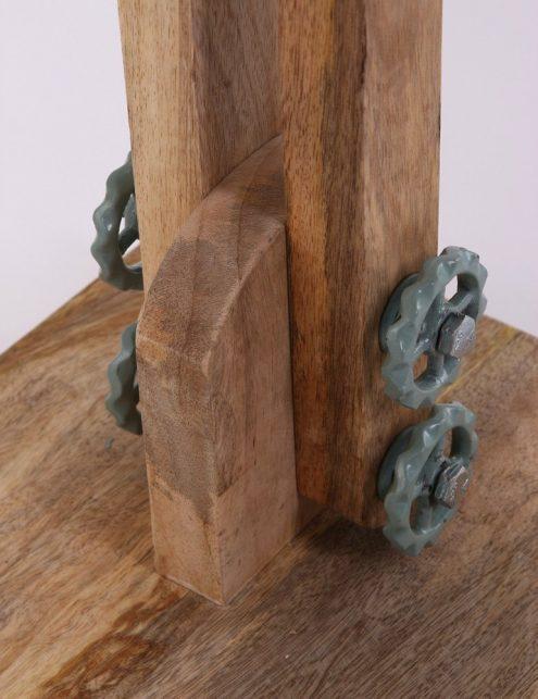 Lampadaire-industriel-vert-pâle-bois-et-meta-3