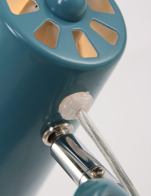 Lampe-de-bureau-bleu-clair-inclinable-et-originale-1