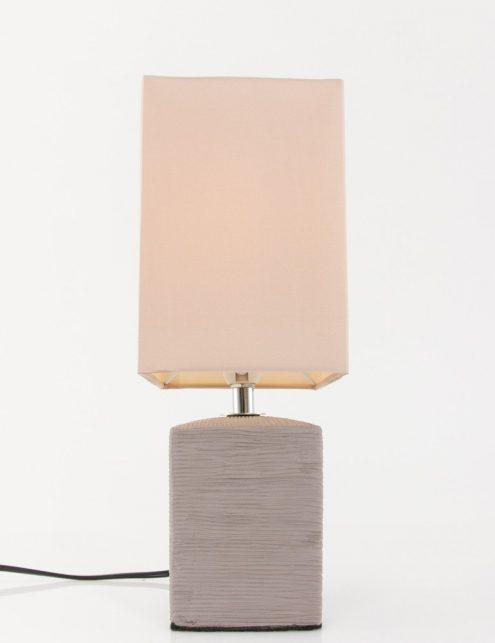 Lampe-de-chevet-rustique-pied-gris-abat-jour-beige-5
