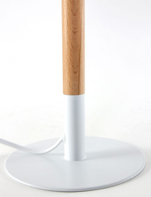 Lampe-de-table-en-bois-2
