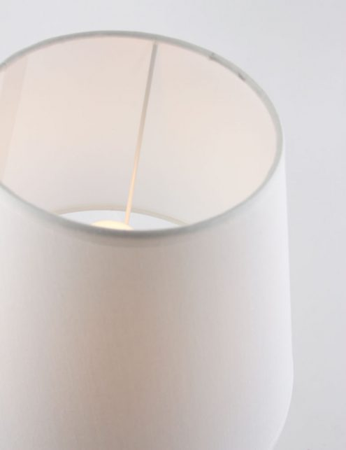 Lampe-de-table-en-bois-3