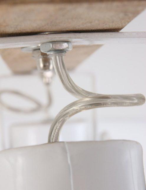 Plafonnier-2-spots-design-blanc-et-bois-5