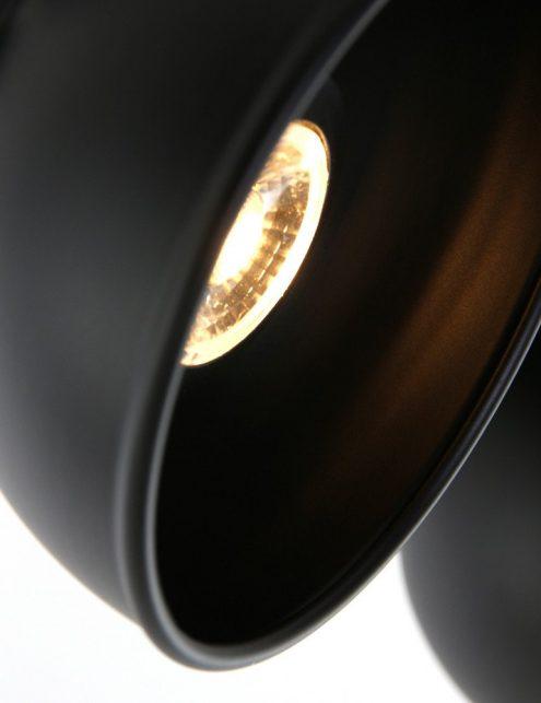 Plafonnier-4-spots-minimaliste-de-couleur-sombre-1