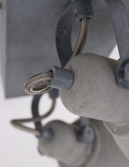 Plafonnier-design-moderne-gris-clair-à-2-spot-1