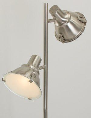 lampadaire acier