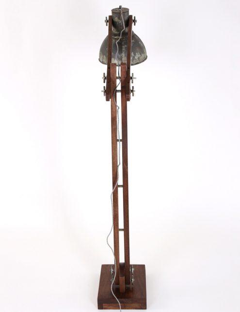 lampadaire-ancien-en-bois-11