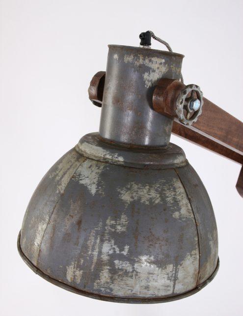 lampadaire-ancien-en-bois-4