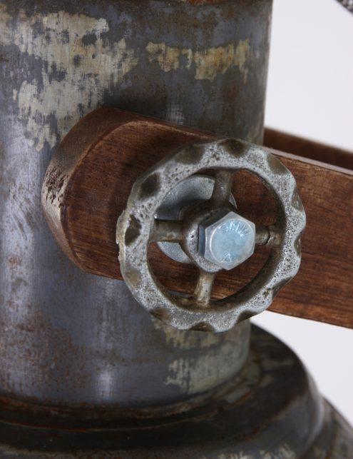 lampadaire-ancien-en-bois-6
