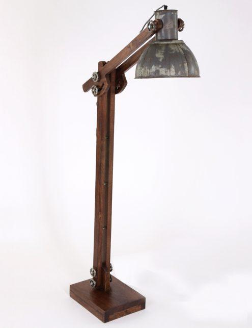 lampadaire-ancien-en-bois-9
