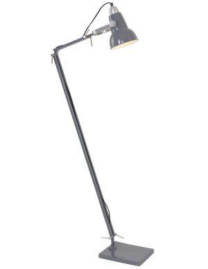 lampadaire industriel en metal