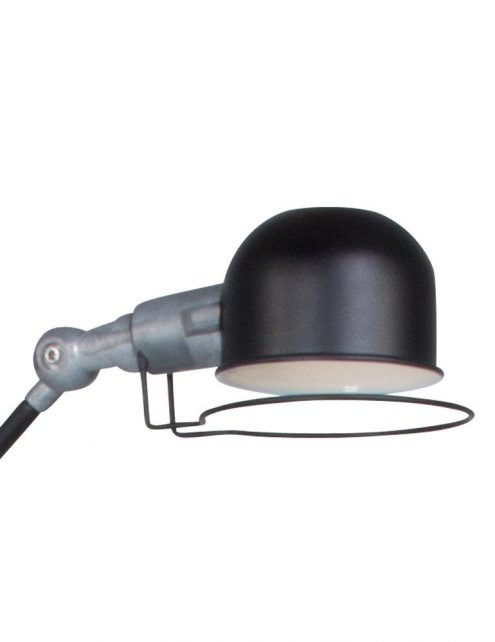 lampadaire-industriel-noir-3