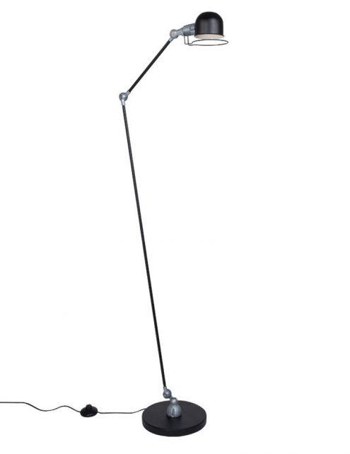 lampadaire-industriel-noir-5