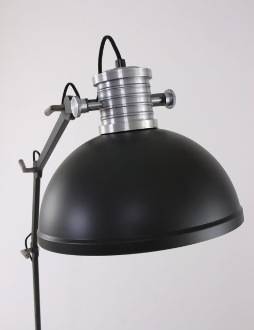 lampadaire-metal-noir-4