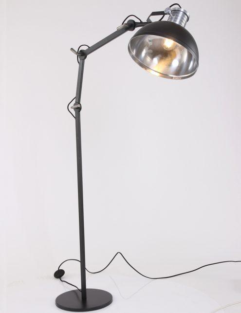 lampadaire-metal-noir-7