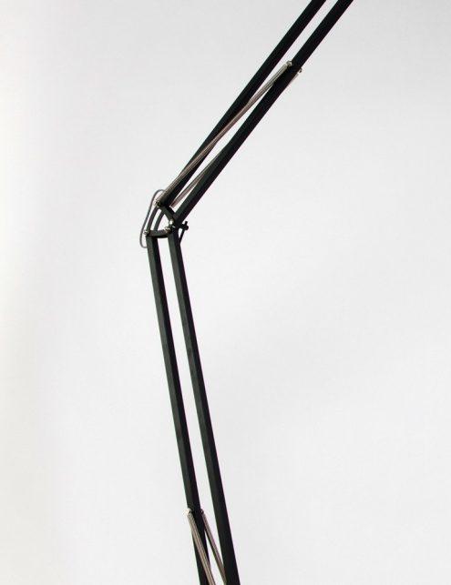 lampadaire-noir-et-blanc-3