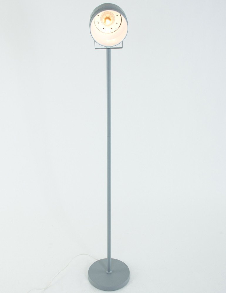 lampadaire vintage industriel leitmotiv studio. Black Bedroom Furniture Sets. Home Design Ideas