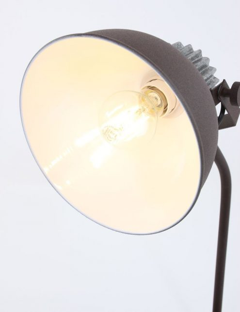 lampe-à-poser-rustique-3