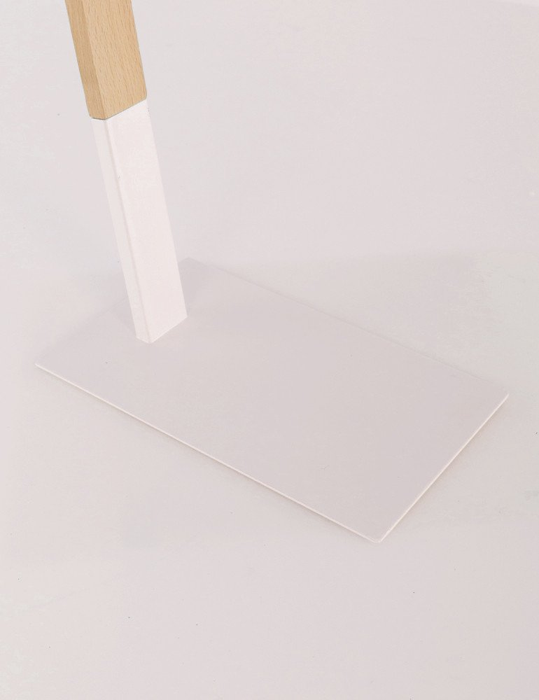 lampe de table scandinave blanche la forma izar. Black Bedroom Furniture Sets. Home Design Ideas