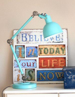 lampe de bureau bleue