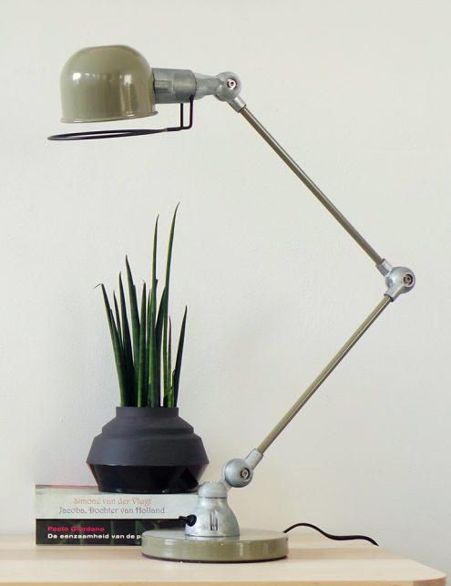 lampe-de-bureau-verte-1