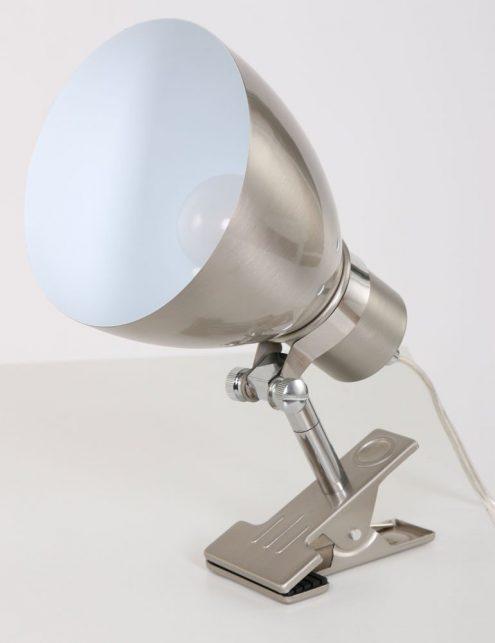 lampe-de-lit-a-pince-4