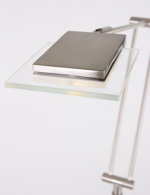 lampe-de-salon-design-sur-pied-4