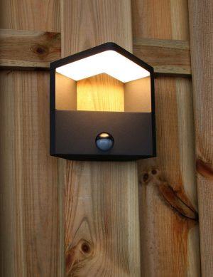 lampe-exterieur-led-avec-detecteur-1