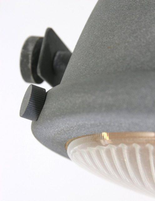 lampe-sur-pied-ancienne-2