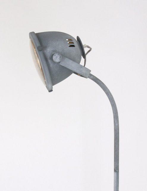 lampe-sur-pied-ancienne-6