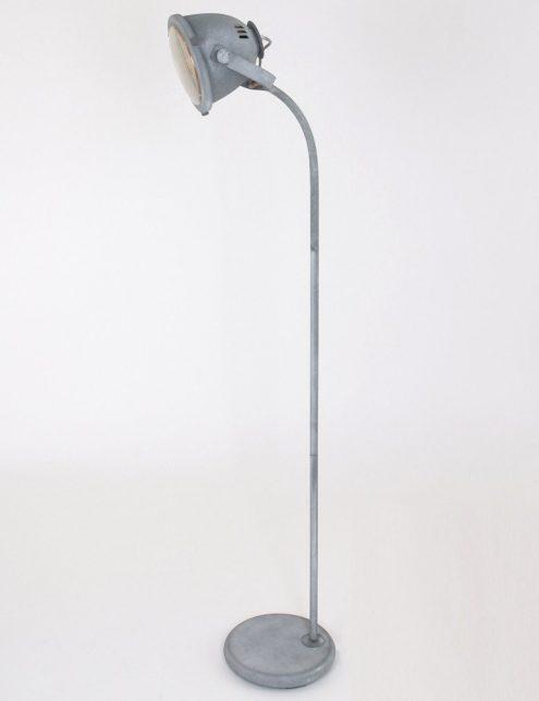 lampe-sur-pied-ancienne-8