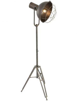 lampe-sur-pied-style-industriel-1