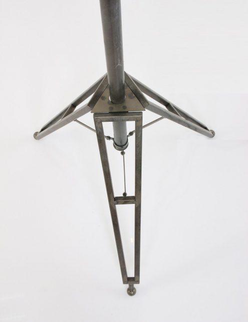 lampe-sur-pied-style-industriel-4