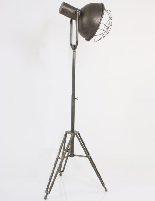 lampe-sur-pied-style-industriel-5