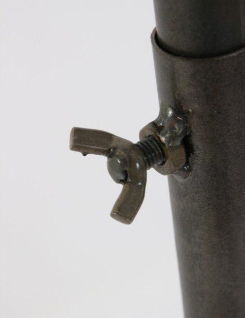 lampe-sur-pied-style-industriel-6