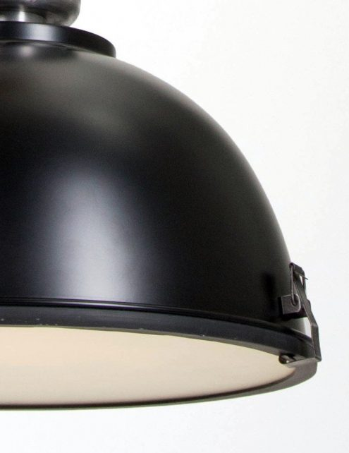 suspension-metal-noire-4