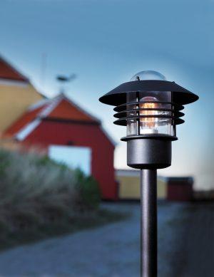 lampadaire-exterieur-noir-2396ZW-1