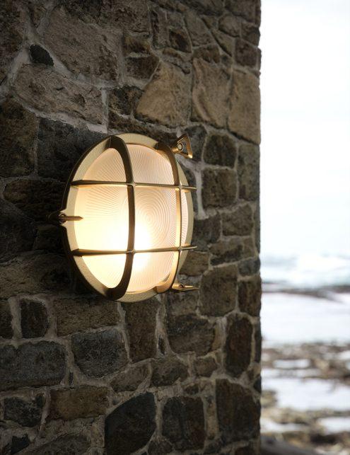 Lampe d'extérieur imitation lampe de bateau Polperro Nordlux couleur or