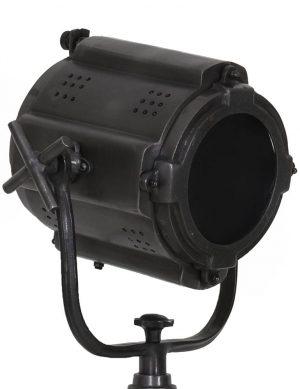zwarte-driepoot-staande-lamp-industrieel-1-478×621-3
